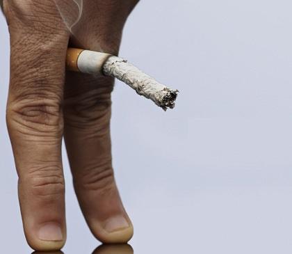 Quien de los modelos ha dejado a fumar